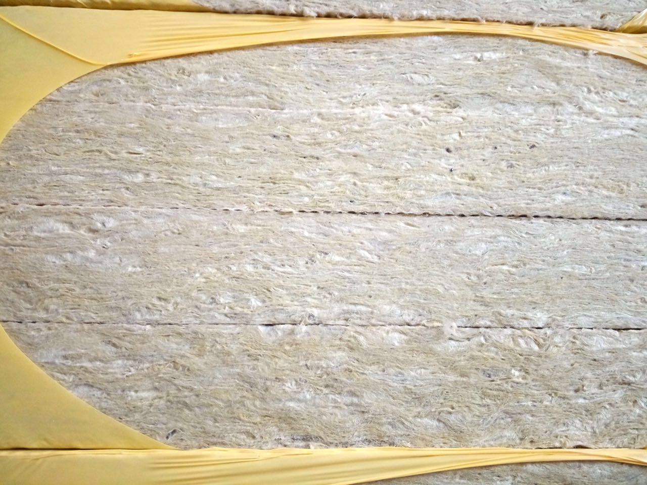 云南文山州50厚岩棉板厂家直销