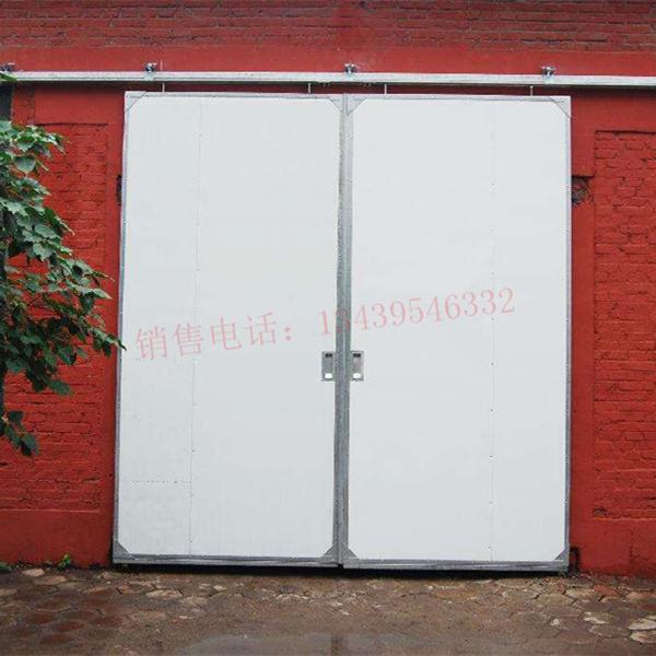 供应电动车库门  40保温型  150元/平米