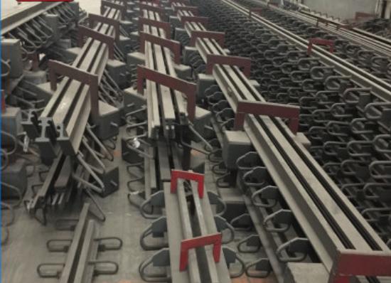 供应牡丹江公路桥梁伸缩缝MZL工程青青草成人在线青青草网站