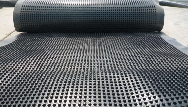 厂家供应优质排水板塑料蓄排水板hdpe车库顶板用排水板