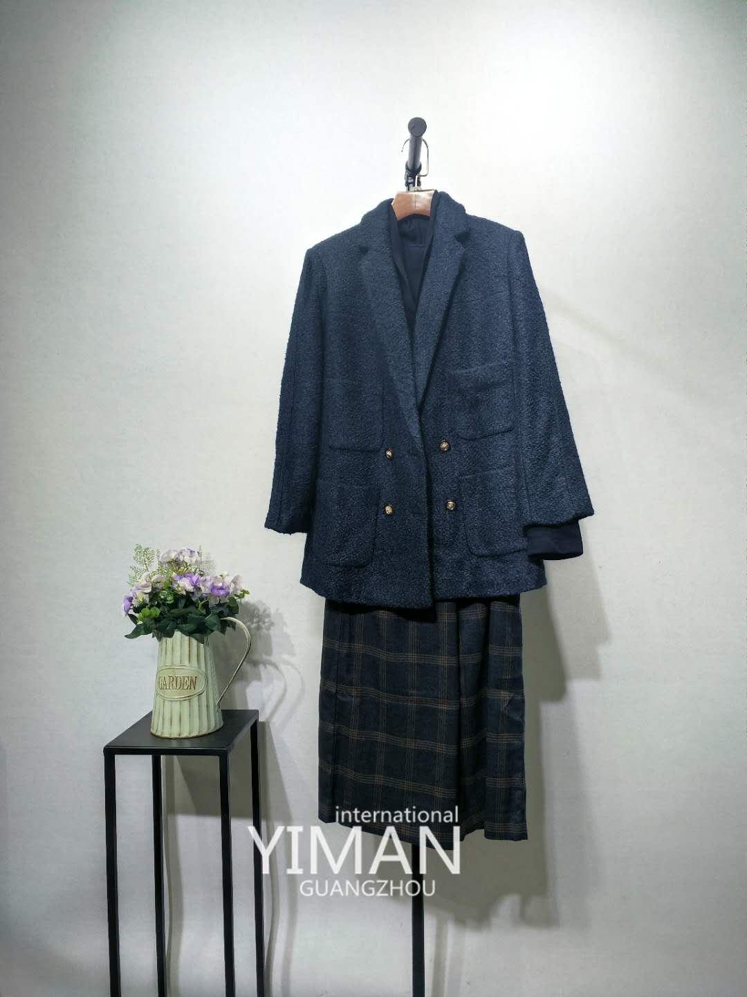 广州伊曼服饰一线品牌哥弟女装尾货折扣批发