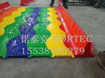 旱雪滑道厂家生产安装可定制颜色的七彩旱雪彩虹滑道