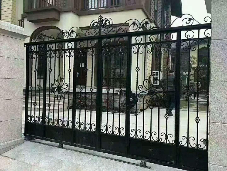 和平区安装小区铁艺护栏天津承接安装别墅护窗合作真诚