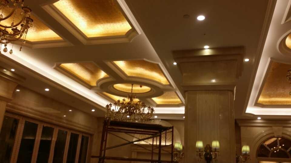 深圳市���花光�工程有限公司 LED�@示屏  LED亮化工程