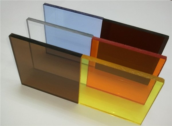 真空镀膜塑料镜片 pmma加硬镜片 防刮花亚克力透明片生产厂家