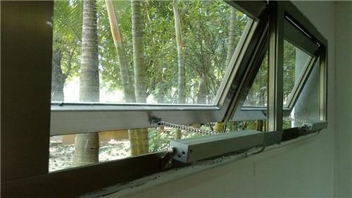 湖南岳阳市华容县屋顶屋面电动天窗平移天窗电动窗