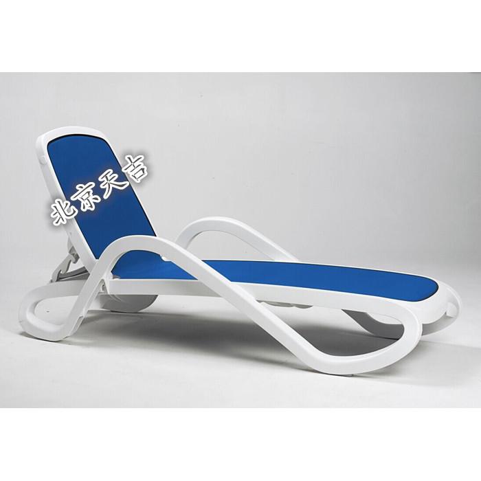 躺椅泳池躺椅