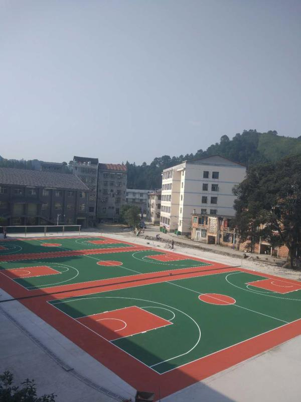 PVC塑胶球场地板施工共创卓越共创辉煌张家界湖南一线体育地板材料