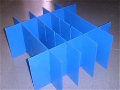 黔南中空板制造 黔南中空板波浪型刀卡 中空板�x�F州���