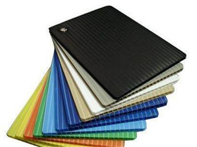 安顺中空板玻璃价格 安顺塑料中空板包装 贵州万通板多少钱一平方