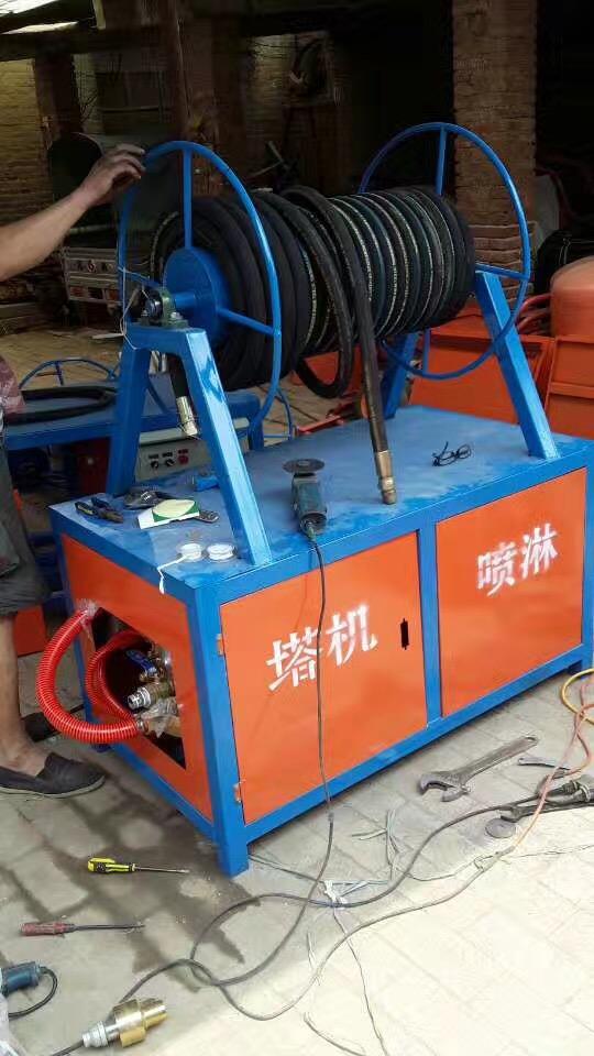 广东茂名100米塔吊喷淋设备省时省力还省钱