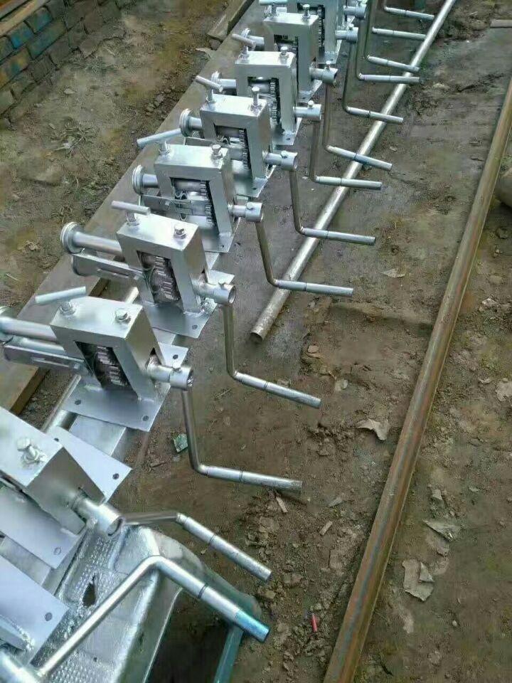 青州铁皮保温压边机电动小型压边机设备多少钱一片