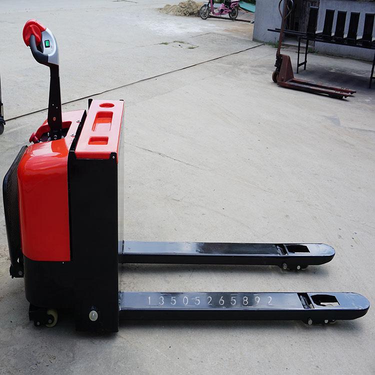 上海蓄电池托盘搬运车厂家