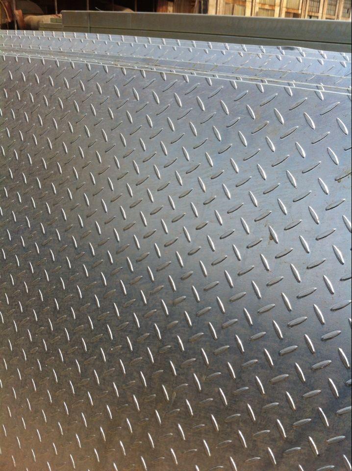 秦皇岛花纹钢板3mm镀锌花纹板多少钱