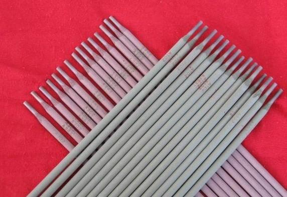 �基焊�l D802合金耐磨焊�l�基6�堆焊焊�l