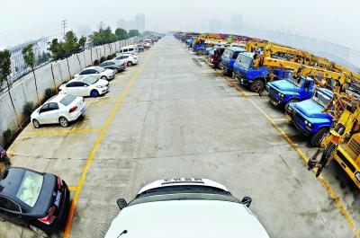 万博最新体育app龙岩到绍兴有13米5高栏平板回程车出租