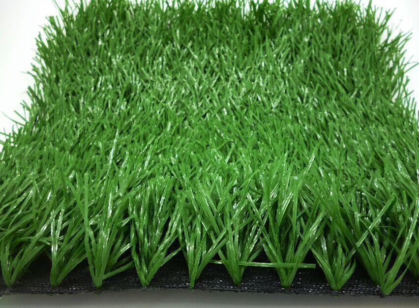采购人工草坪找煌仑经贸 昆明人工草坪优质供应商 昆明草皮造价