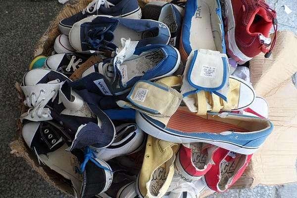 昆山库存的服饰服装焚烧机构、昆山不能销售的箱包鞋帽焚烧