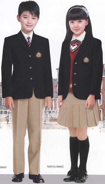 昆明工作服、昆明校服、昆明制服、昆明西服、昆明运动服定做