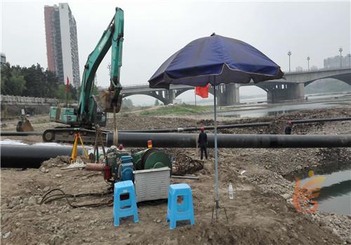 市政管道施工单位水下安装送水管道