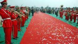 便宜的一次性展览地毯供应江苏厂家刘经理1-4米幅宽