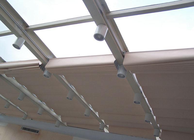 供應大連陽光房遮陽簾 電動卷簾 防紫外線 大連東之潤門窗