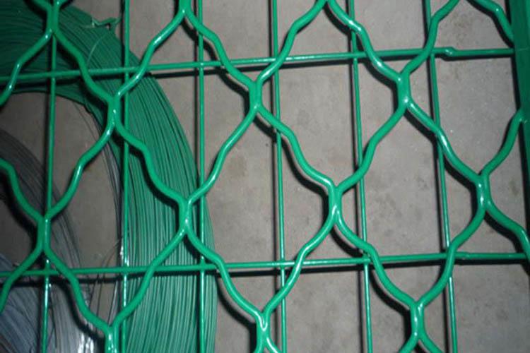 黑龙江草绿色公路护栏网