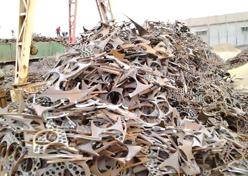 云宵废铁回收多少一吨-蓝田开发区工地废钢筋回收