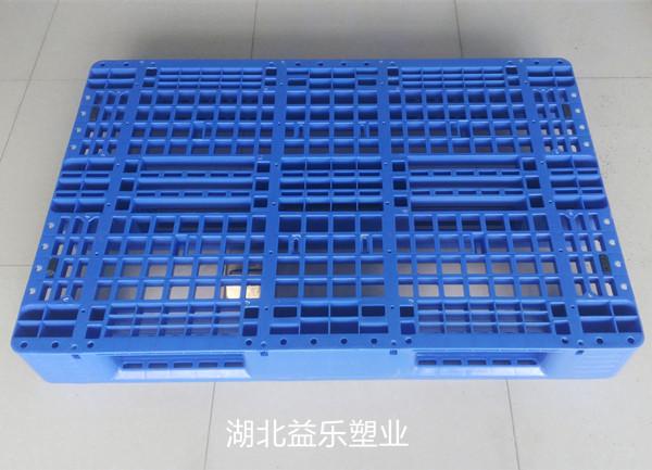 十堰竹山垫板塑料托盘价钱工场减工