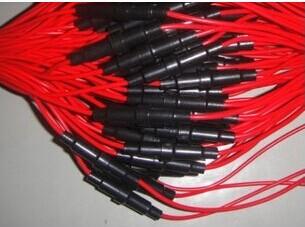供应防水插头线束,汽车连接线束,摩托车线束,保险丝连接线束订做