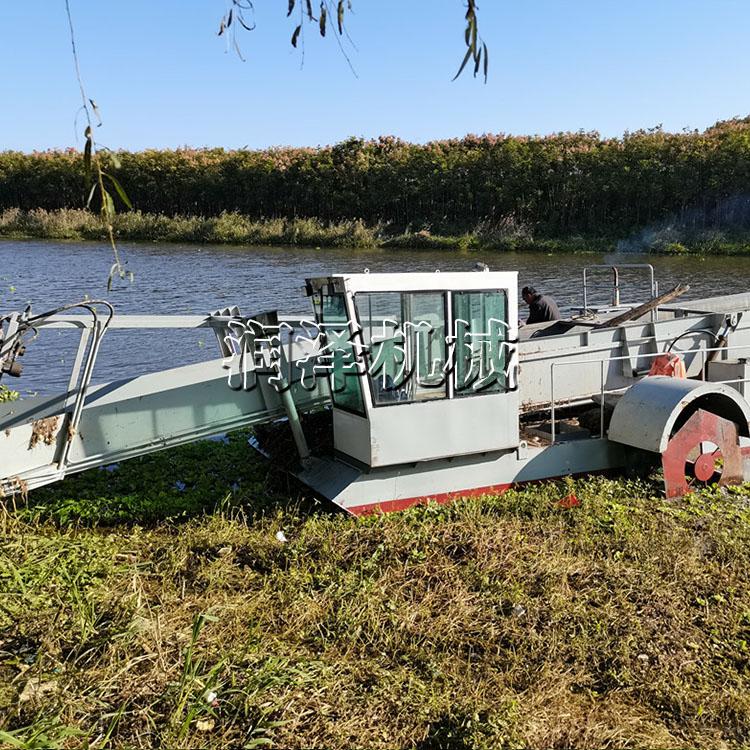 辽宁水面水生植物收割船 水葫芦水花生打捞船 水面清漂船 保洁船