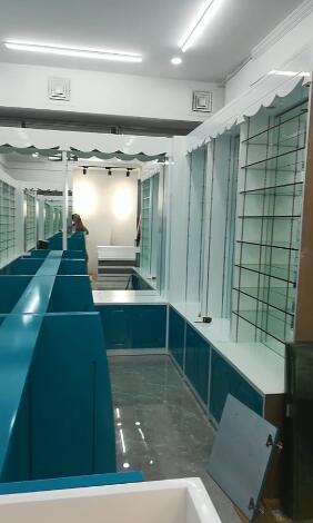 厦门珍珠展示柜烤漆款式半身模陈列展