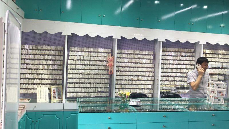 厦门美甲展示柜操作台定做烤漆工艺美容美发展柜
