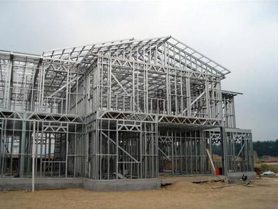 2,钢结构厂房 柱安装完毕后,顶部必须加盖板,以防止雨水,杂物