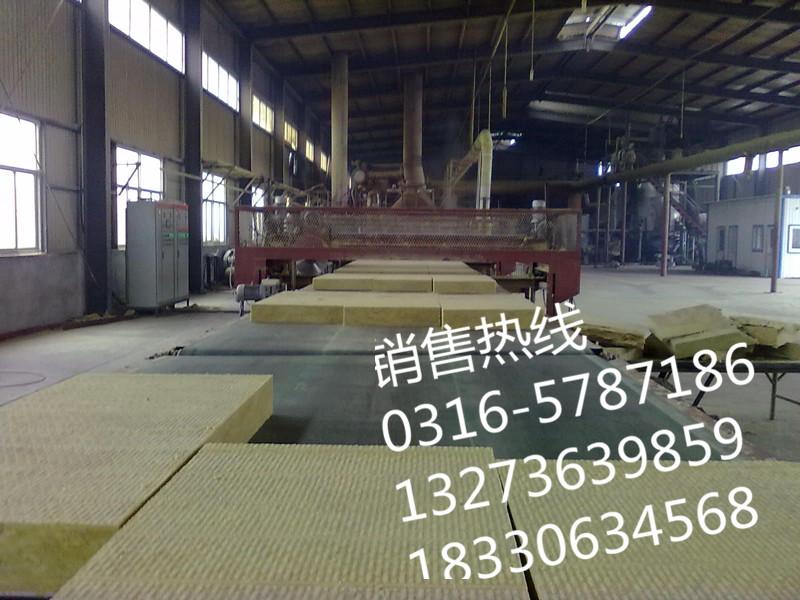 生产铝箔夹筋岩棉板大量现货厂家