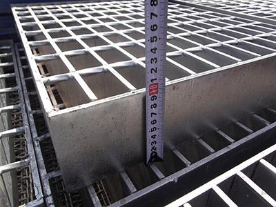 专业生产重型钢格栅板优质重型钢格栅板青青青免费视频在线