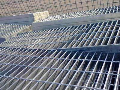 优质不锈钢钢格栅板生产青青青免费视频在线不锈钢钢格栅板多少钱一平米