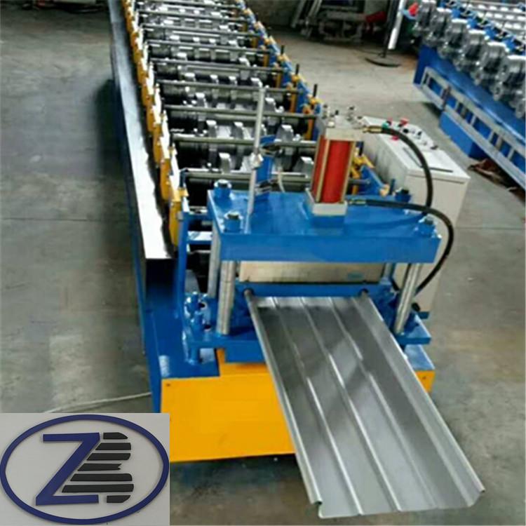 工程彩钢板围挡机器A石家庄工程彩钢板围挡机器A工程彩钢板围挡机器厂家