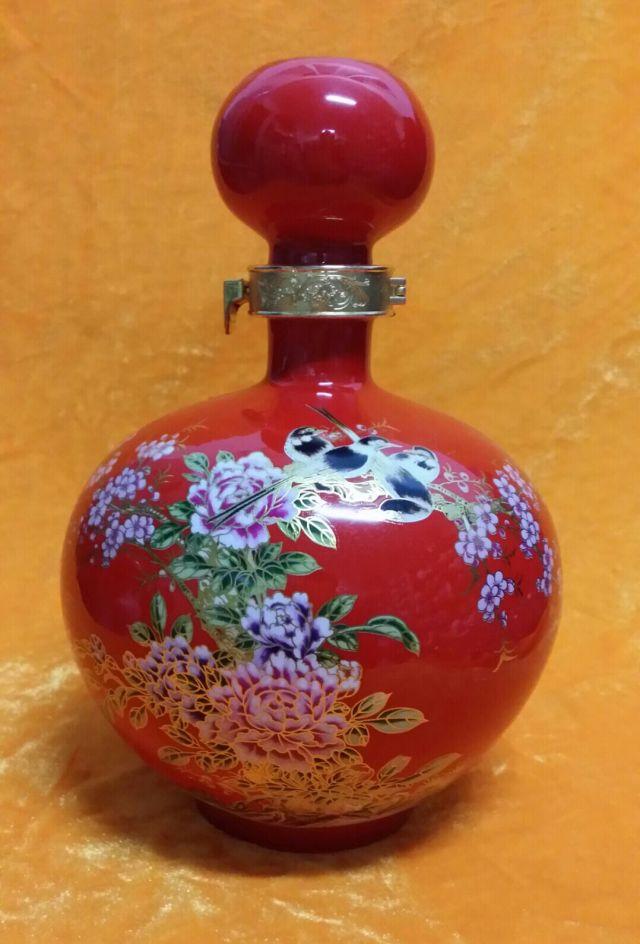 设计陶瓷酒瓶专业加工高温颜色釉陶瓷酒瓶酒坛定做生产