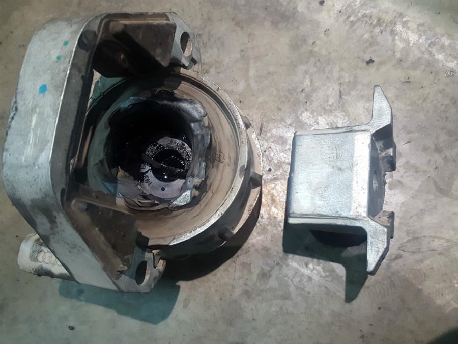 北京通州奥迪A6L维修机爪垫保养修复