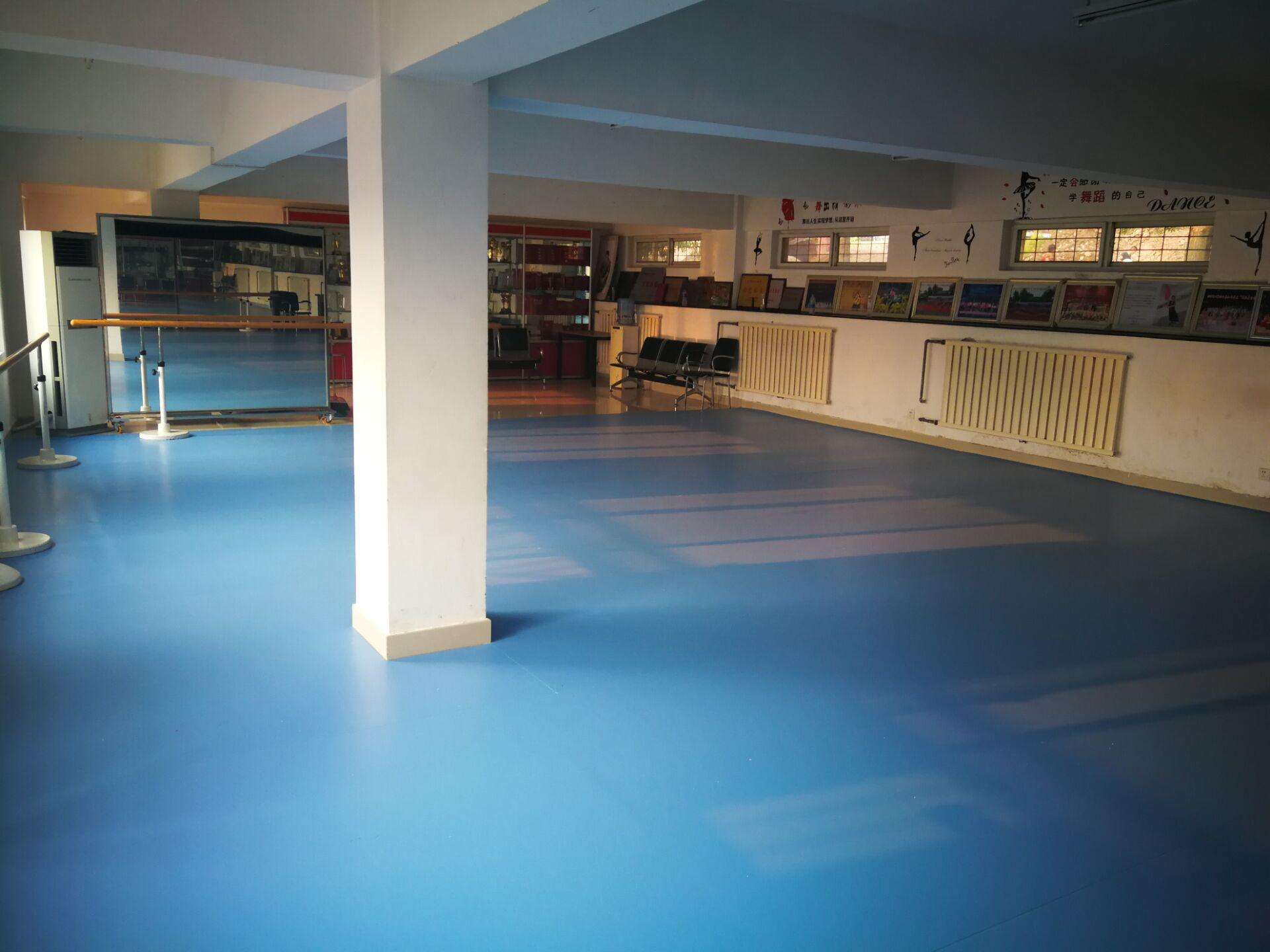 天津舞蹈形体房地胶施工舞蹈教室装修