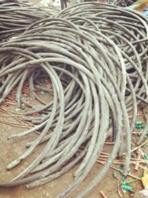 太原市尖草坪回收电缆一米价格专业回收欢迎来电咨询