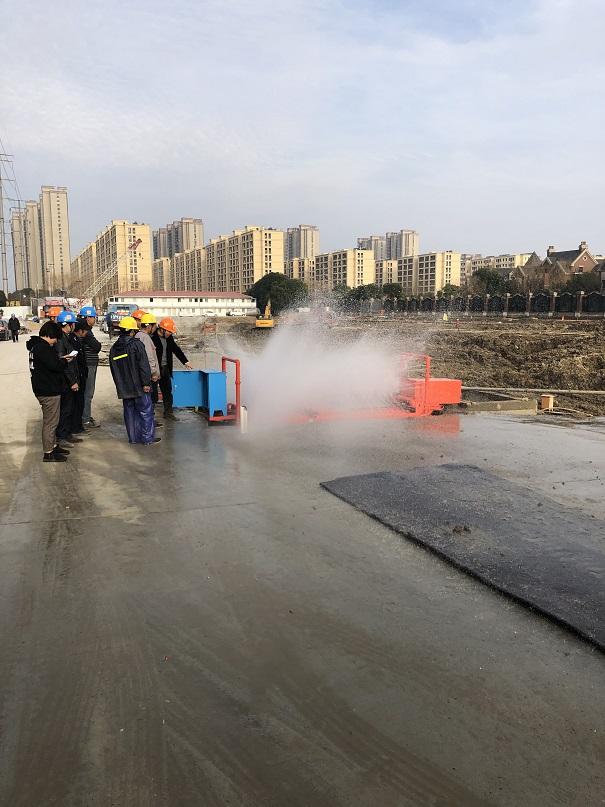泸州工地泥土车辆滚轮式洗车机定制