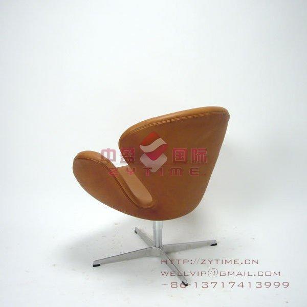 最实惠的雅各布森设计的天鹅椅